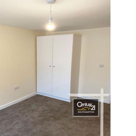Rent this 1 bed apartment on iFixComputers.eu in 46;46a High Road, Southampton SO16 2JF