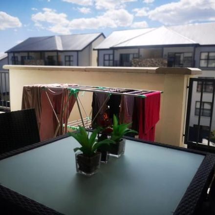 Rent this 2 bed apartment on Johannesburg Ward 112 in Sandton, City of Johannesburg Metropolitan Municipality