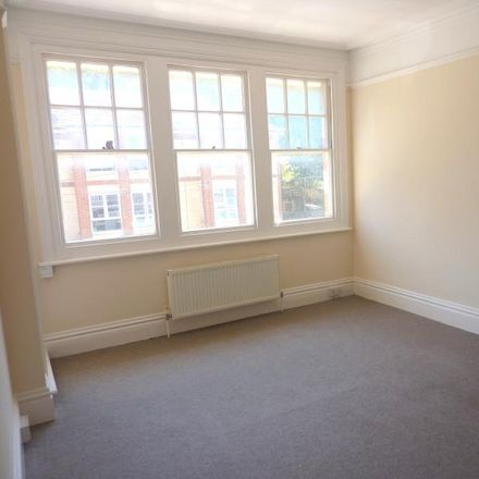 Rent this 3 bed apartment on Castledown Avenue in Hastings TN34 3RJ, United Kingdom
