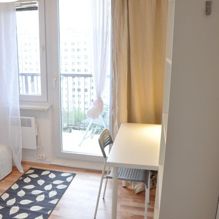 Rent this 6 bed room on Jabłeczna 16 in 50-539 Wroclaw, Poland