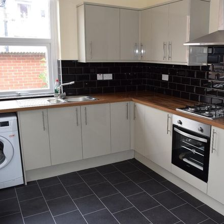 Rent this 3 bed house on Slade Grove in Manchester M13 0GT, United Kingdom