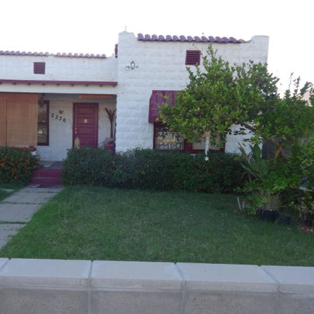 Rent this 3 bed house on 2336 North 11th Street in Phoenix, AZ 85006