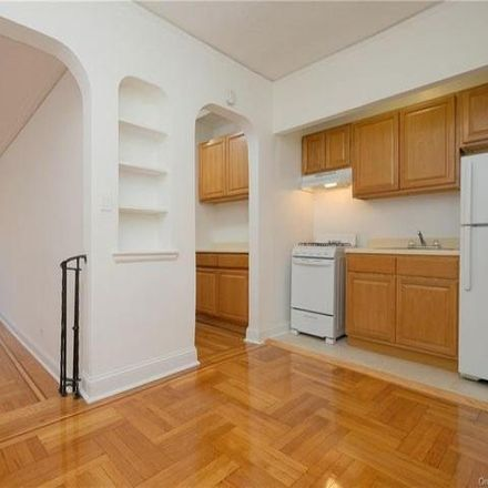 Rent this 1 bed condo on 2685 Creston Avenue in New York, NY 10468