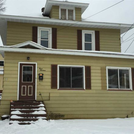 Rent this 4 bed house on Rock St in Negaunee, MI