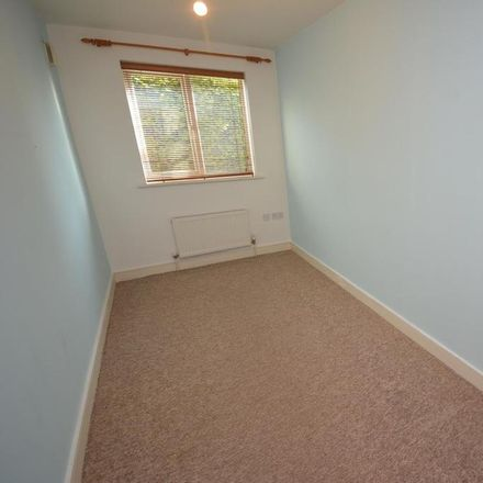 Rent this 2 bed apartment on Springfield Road in Chelmsford CM2 6AT, United Kingdom
