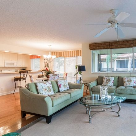 Rent this 2 bed condo on 642 Brackenwood Cove in Palm Beach Gardens, FL 33418