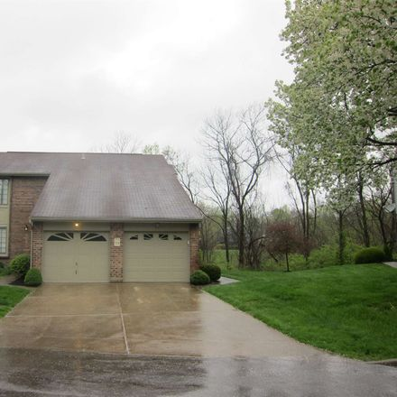 Rent this 2 bed condo on 2712 Brookdale Court in Crestview Hills, KY 41017