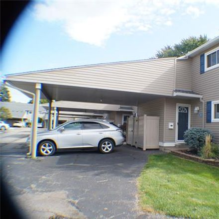 Rent this 2 bed condo on 831 Kirts Boulevard in Troy, MI 48084