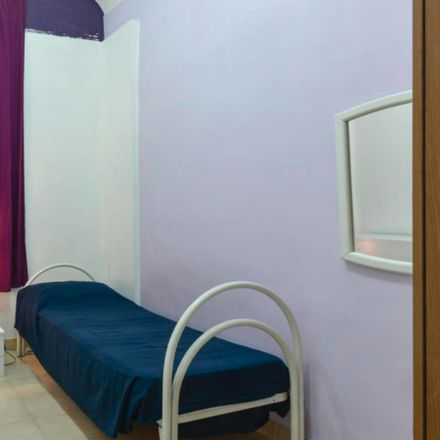 Rent this 2 bed room on Via Simeto in 45, 00198 Roma RM
