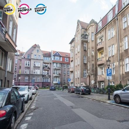 Rent this 2 bed apartment on Ciasna 2 in 80-111 Gdansk, Poland
