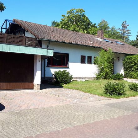 Rent this 6 bed house on Pestalozzistraße 9 in 51427 Refrath, Germany