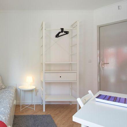 Rent this 5 bed room on Rua David Lopes in 1900-186 SÃO JOÃO Penha de França, Portugal