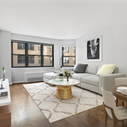 Rent this 1 bed condo on 80 Park Avenue in New York, NY 10016