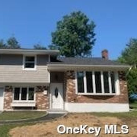 Rent this 4 bed house on 8 Newtown Lane in Suffolk County, NY 11747