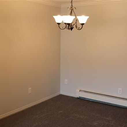 Rent this 2 bed condo on 2440 Parmenter Boulevard in Clawson, MI 48073