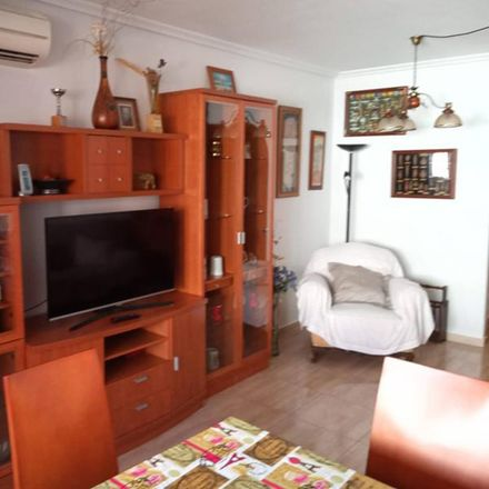 Rent this 2 bed apartment on Calle de la Paz in 03181 Torrevieja, Spain