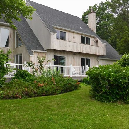 Rent this 3 bed house on 845 Budds Pond Rd in Southold, NY