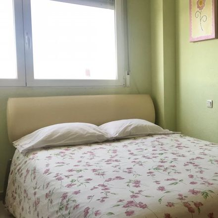 Rent this 3 bed apartment on Calle de José Álvarez de Toledo in 1, 28043 Madrid