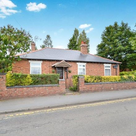 Rent this 3 bed house on Griffin Avenue in Wyre Forest DY10 1LY, United Kingdom