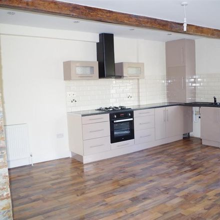 Rent this 3 bed apartment on Alma Boutique in 57 Saddleworth Road, Calderdale HX4 8AG