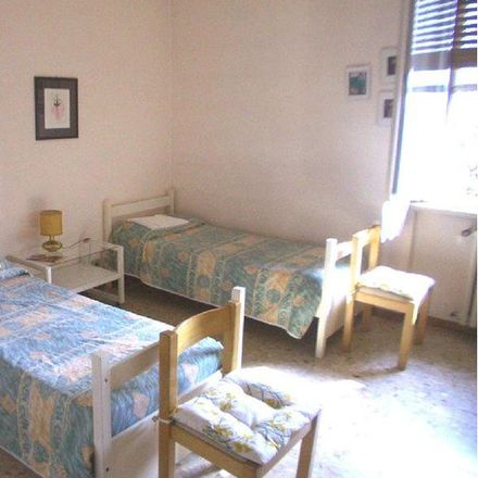 Rent this 4 bed room on Via Alexander Fleming in 43126 Parma PR, Italia