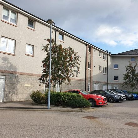 Rent this 2 bed apartment on Grandholm Dental Clinic in Grandholm Crescent, Aberdeen AB22 8BH
