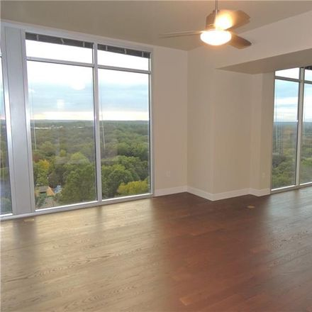 Rent this 3 bed condo on W Peachtree St NW in Atlanta, GA