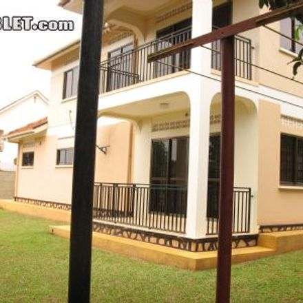 Rent this 4 bed house on Makindye