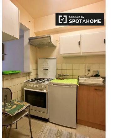 Rent this 1 bed apartment on Rue Louis Hap - Louis Hapstraat 194 in 1040 Etterbeek, Belgium