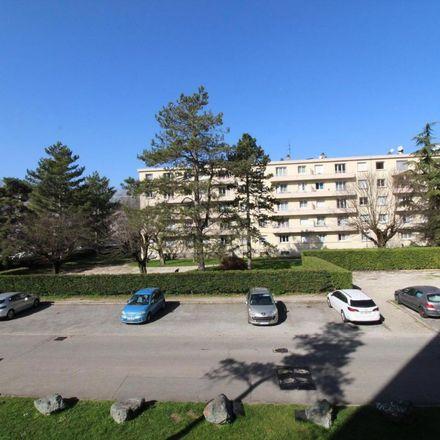 Rent this 3 bed apartment on 10 Rue Jean Cocteau in 38400 Saint-Martin-d'Hères, France