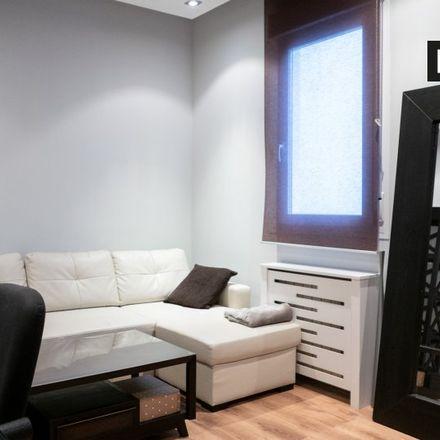 Rent this 1 bed apartment on Colegio de Ingenieros de Obras Públicas e Ingenieros Civiles in Calle de José Abascal, 28001 Madrid