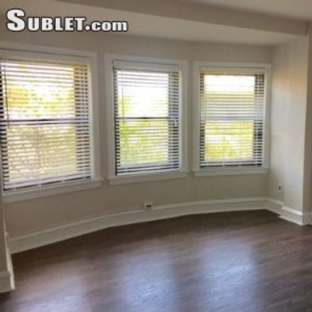 Rent this 3 bed apartment on Dan Ryan Expressway in Chicago, IL 60616
