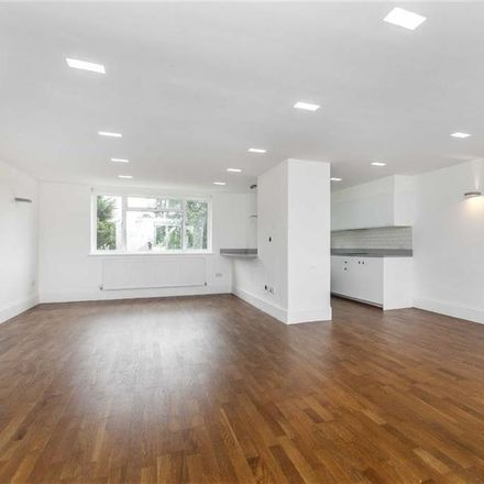 Rent this 5 bed apartment on Armitage Road in London NW11 8QB, United Kingdom