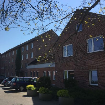 Rent this 3 bed apartment on Carolinenstraße 1b in 24937 Flensburg, Germany