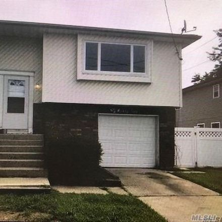 Rent this 3 bed house on 62 Dover Street in East Massapequa, NY 11758