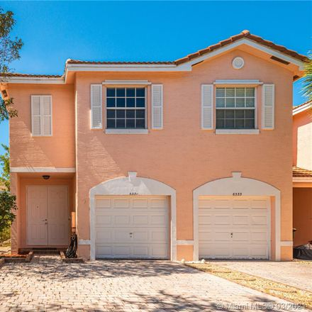 Rent this 3 bed condo on Landings Way in Fort Lauderdale, FL