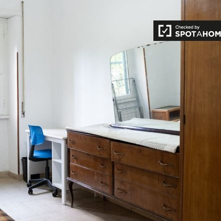 Rent this 4 bed room on Subaugusta (MA) in Ciclabile Tuscolana, 00175 Rome RM