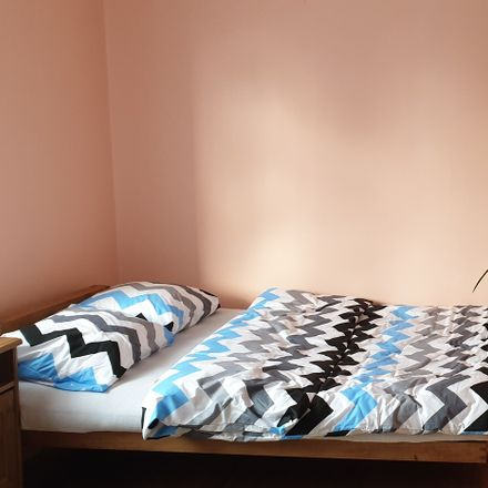Rent this 2 bed room on Bielika 3 in 40-677 Katowice, Poland
