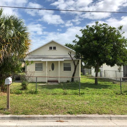Rent this 3 bed house on 1610 North 14th Street in Fort Pierce, FL 34950