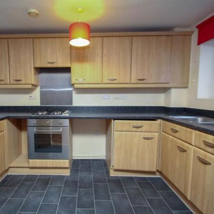 Rent this 2 bed apartment on Crownford Avenue in Stoke-on-Trent ST1 3DN, United Kingdom