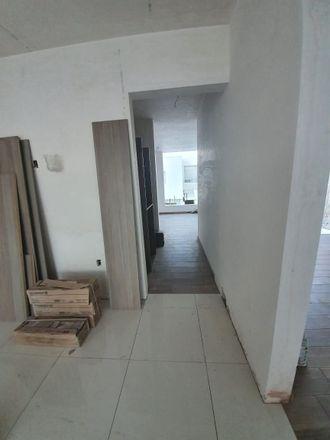 Rent this 3 bed apartment on Condesa Juriquilla in Delegaciön Santa Rosa Jáuregui, 76100 Cumbres del Lago