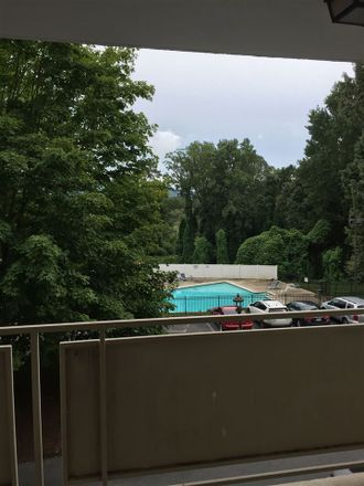 Rent this 2 bed condo on Jefferson Park Ave in Charlottesville, VA