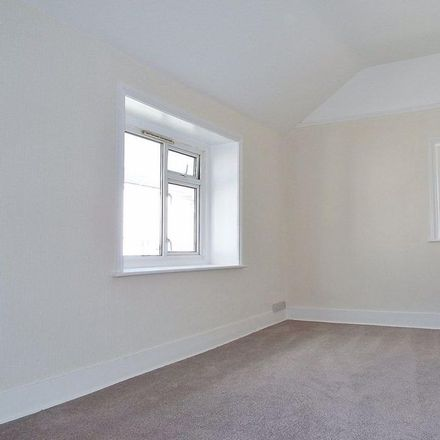 Rent this 1 bed apartment on Lushington Lane in Eastbourne BN21 4LJ, United Kingdom