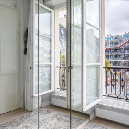 Rent this 2 bed apartment on 83 Rue Quincampoix in 75003 Paris, France