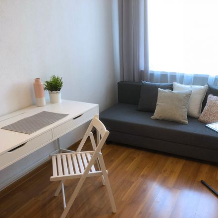 Rent this 3 bed room on Wrzeciono 65 in 01-950 Warsaw, Poland