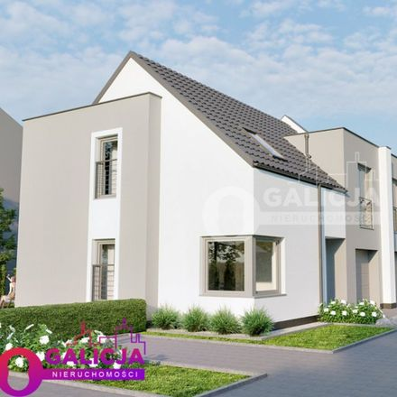 Rent this 3 bed house on Rondo Romana Dmowskiego in 35-001 Rzeszów, Poland