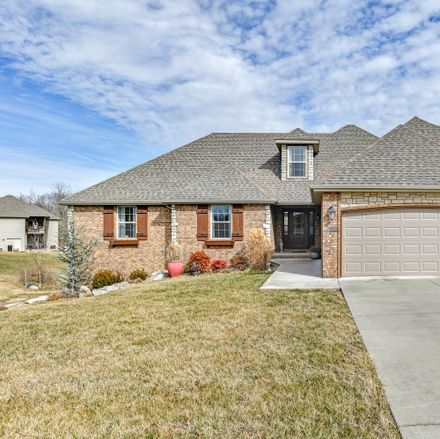 Rent this 4 bed house on 1376 Eastland Avenue in Springfield, MO 65802