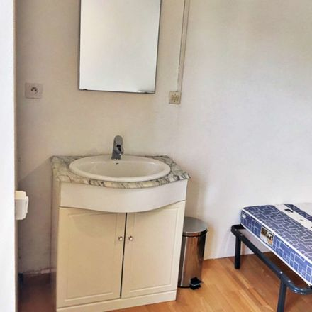 Rent this 0 bed apartment on 40 Rue Paul Doumer in 59120 Loos, France