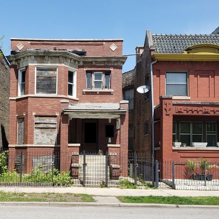 Rent this 7 bed duplex on 1520 West Garfield Boulevard in Chicago, IL