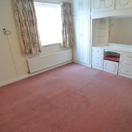 Rent this 2 bed apartment on Haverdale Rise in Barnsley S75 2AJ, United Kingdom